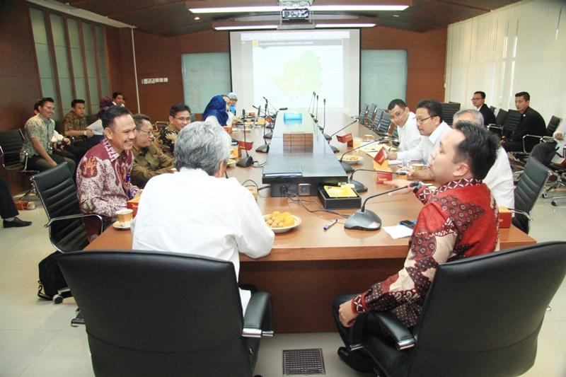 Kementerian PUPR dan Gubernur Lampung Bersinergi dalam Upaya Percepatan Pengembangan Infrastruktur