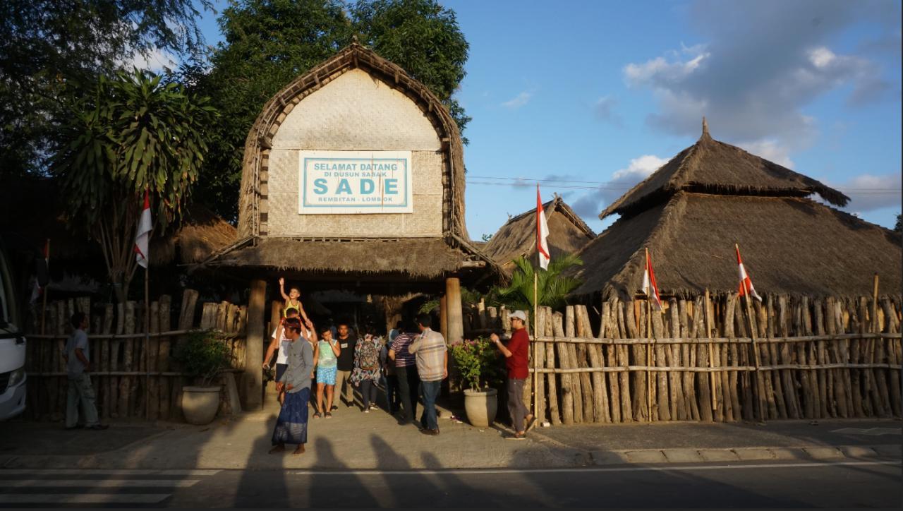 Desa_Sade