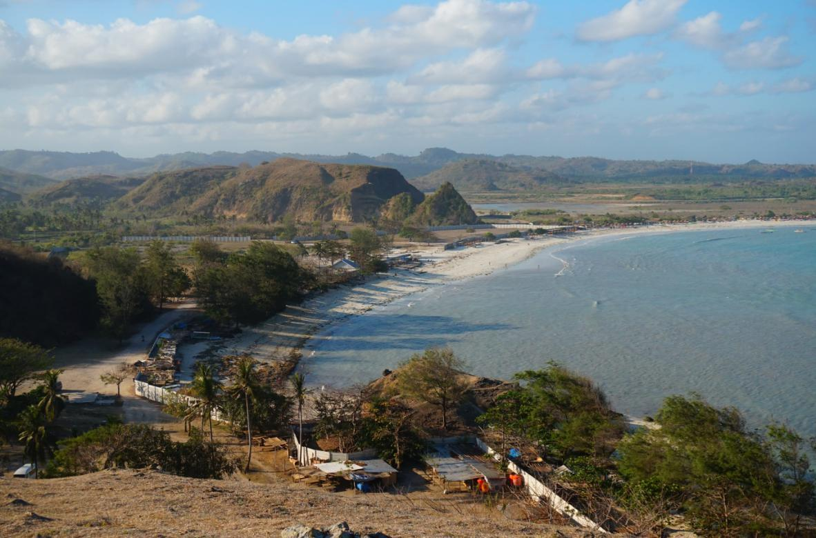 Pantai_Tanjung.jpg