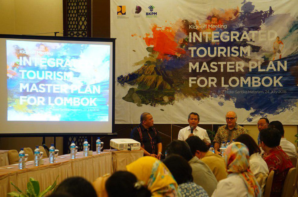 Kegiatan Kick Off Meeting Lombok dipimpin oleh Bapak Kuswardono, Kepala Pusat Pengambangan Kawasan Strategis